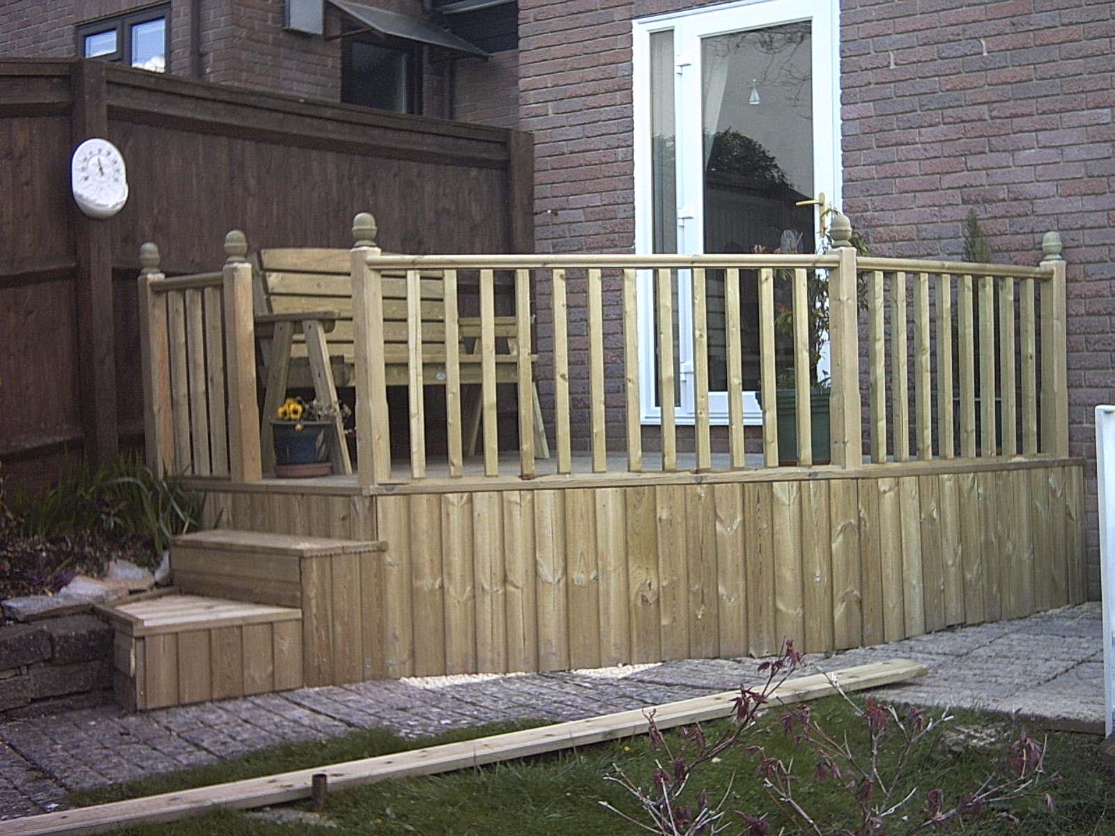 Garden decking atlas fencing for Garden decking and fencing